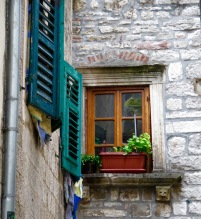 Kotor window